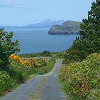 Discover the Wild Atlantic Way with Kerry Experience Tours, travel off the beaten track