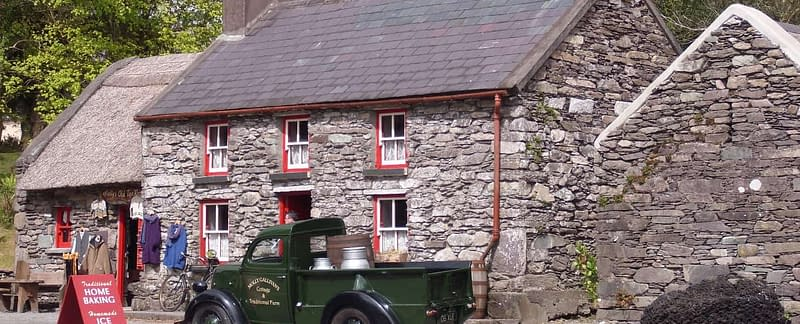 Molly Gallivan's cottage and traditional farms in Bonane