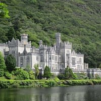 kylemore abbey in connemara was once built as a castle